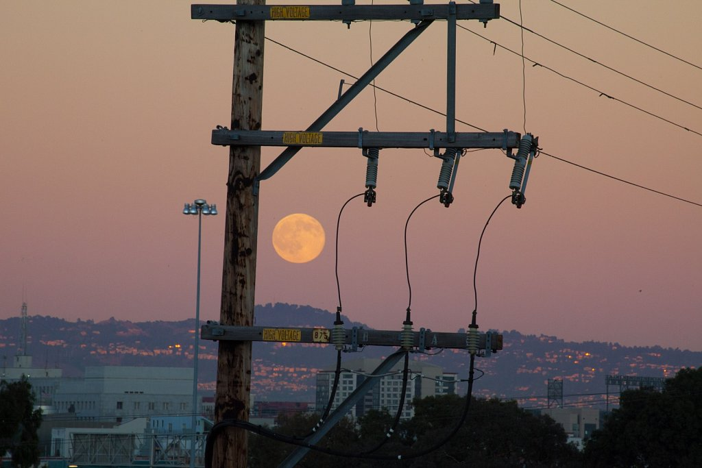 Full moon rising over the East Bay