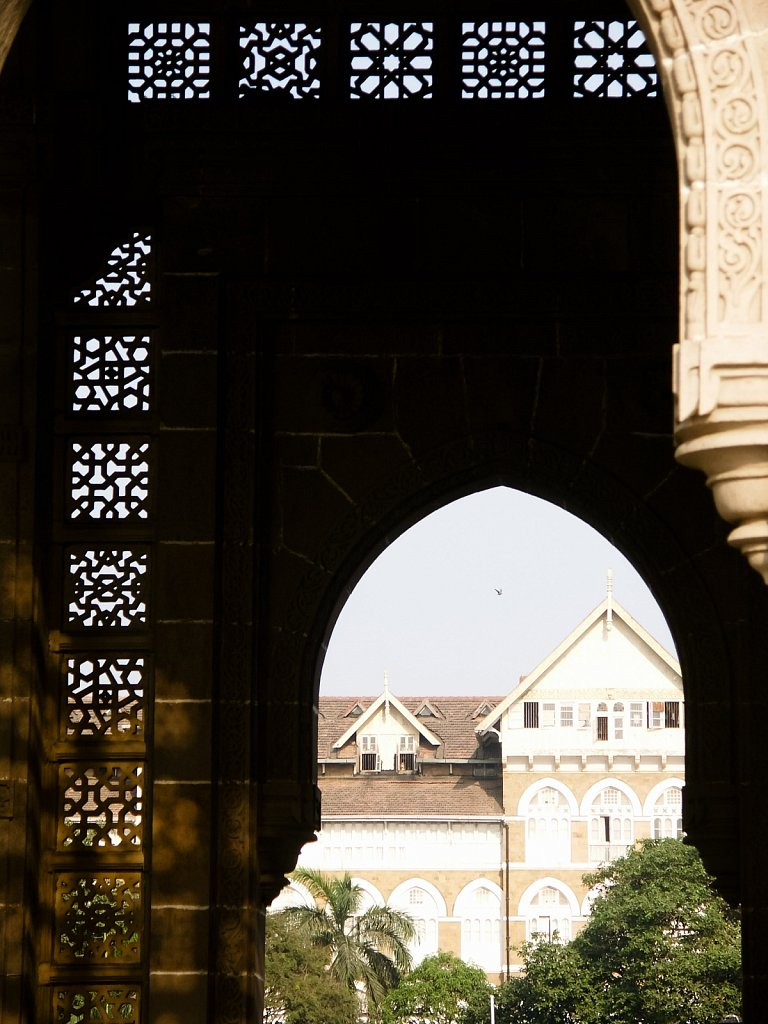 Looking through the Gateway to India in Mumbai