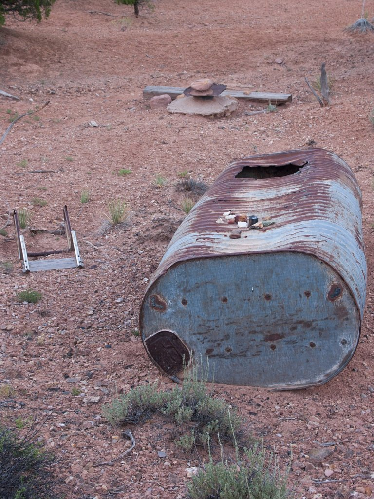 Abandoned tank with petrified wood near the Garden of the Gods n