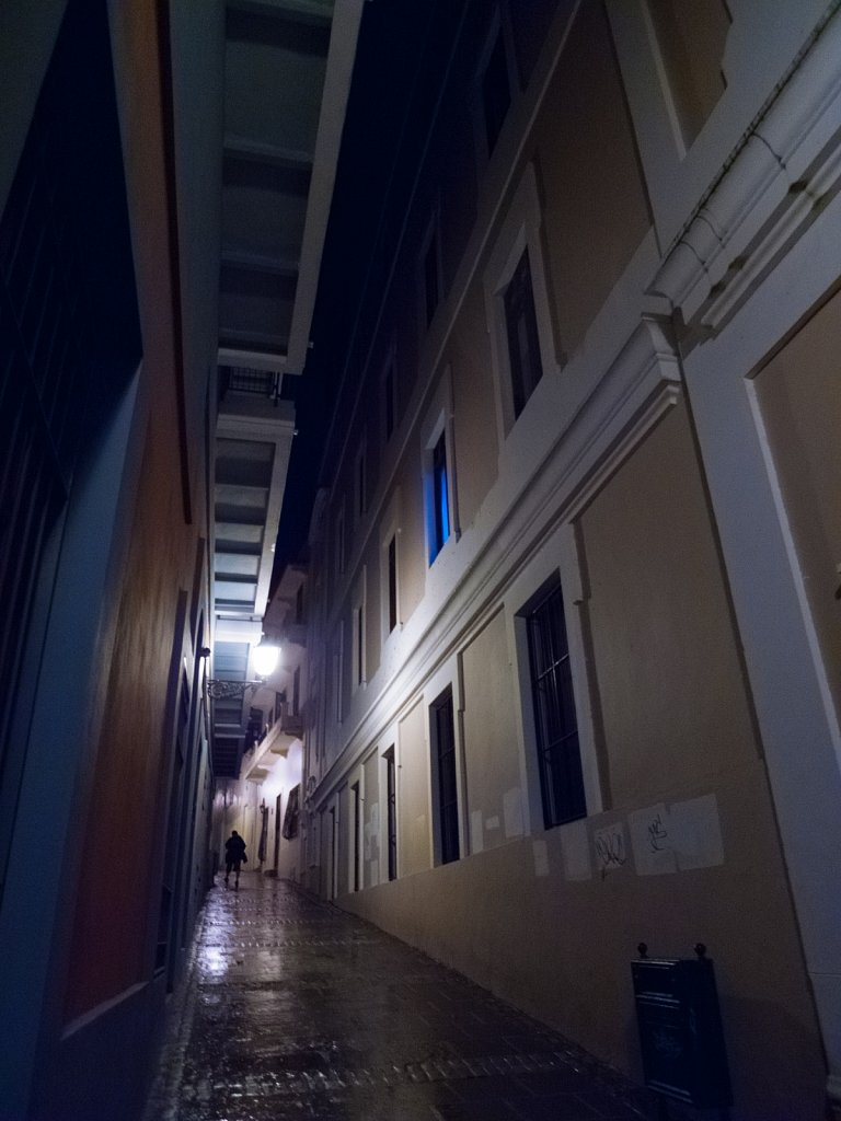 Night alley scene in Old San Juan